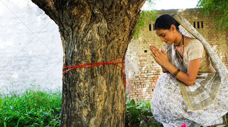 Why Hindus worship peepal tree